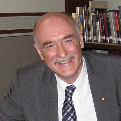 Fred Watson AM